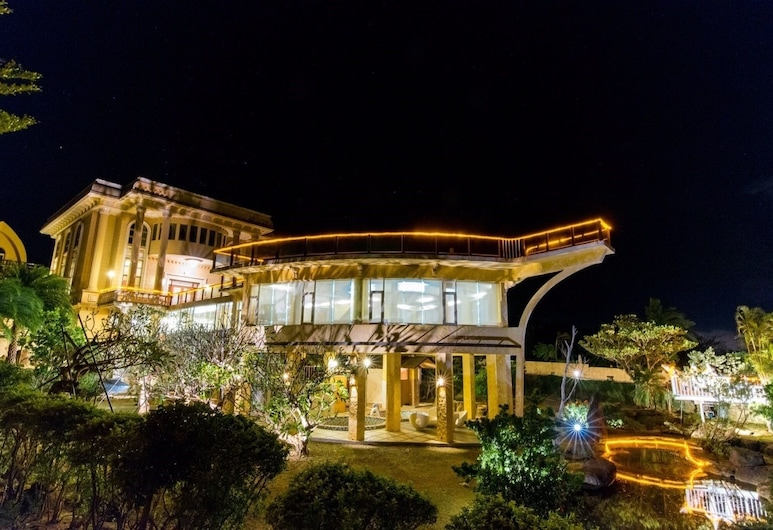 Whales Mountain & Seaview Resort, Fangshan, Property Grounds