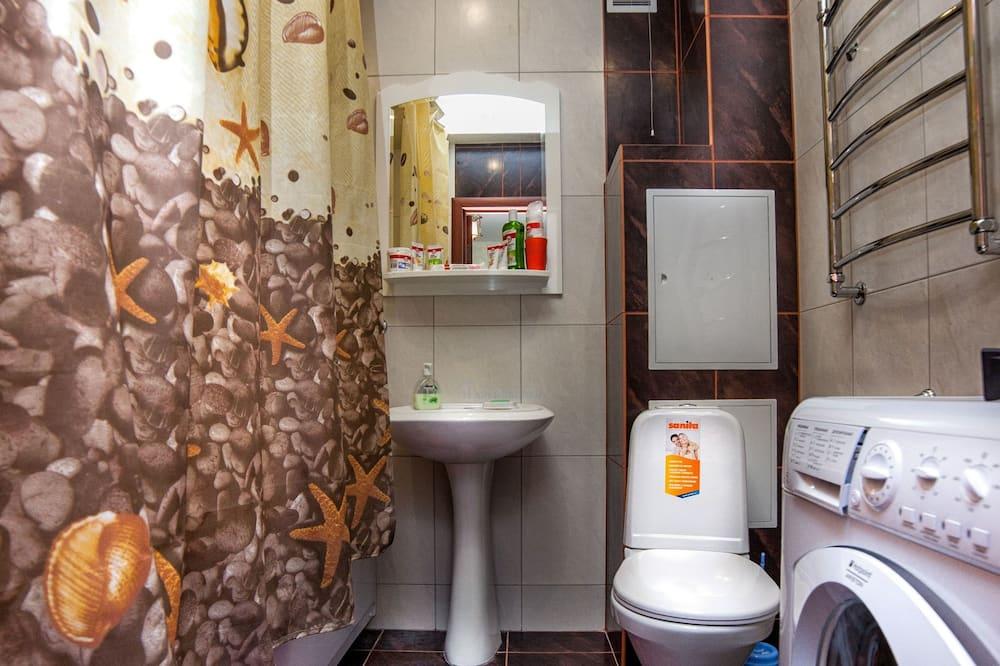 Apartment, Non Smoking - Bathroom