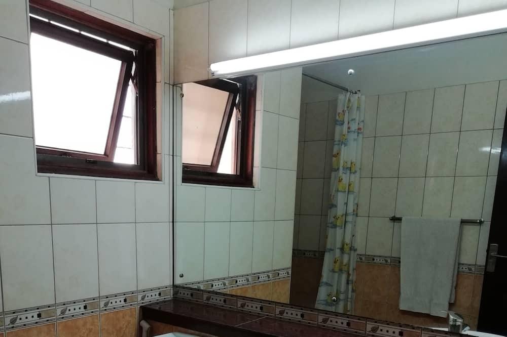 Kahetuba, omaette vannitoaga - Vannituba