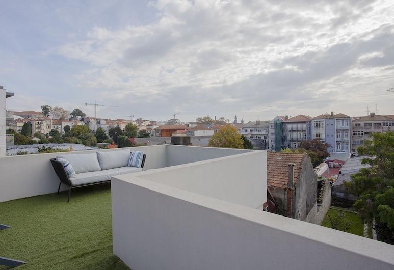 Liiiving In Porto-Historic Sunny Terrace, Porto, Comfort Apartment, 1 Bedroom, Terrace, City View, Terrace/Patio