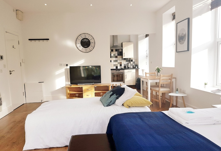 BlueOne Serviced Apartments-Sandon House, Sheffield, Comfort Studio, Room