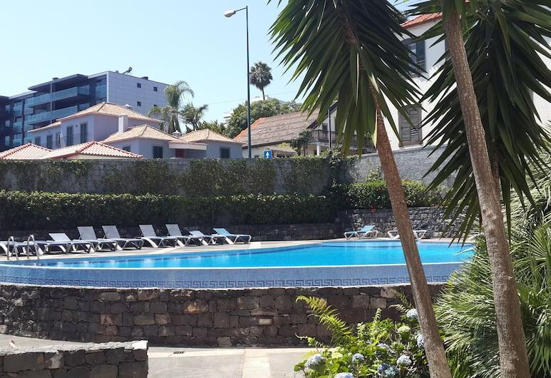 哈斯米內羅棕櫚宮殿公寓飯店, 芳夏爾
