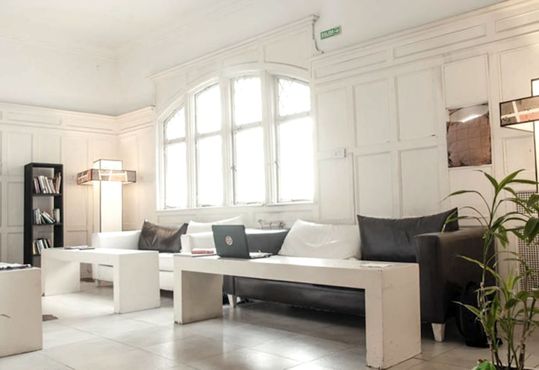 Art Factory Guest House, Buenos Aires, Sitzecke in der Lobby