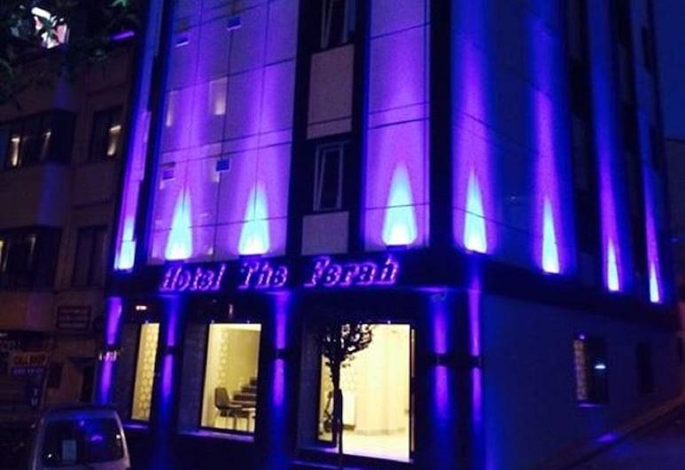 Hotel the Ferah, Istanbul, Hotellin julkisivu illalla/yöllä