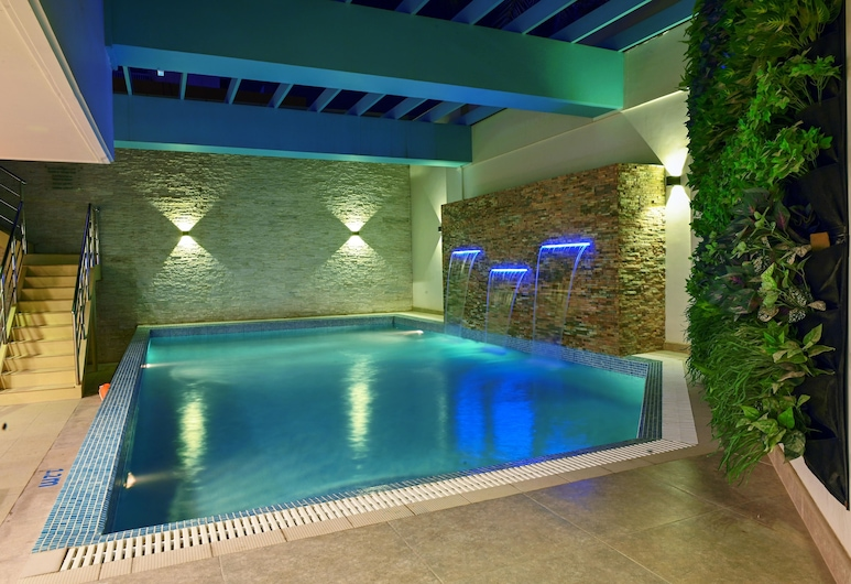 Meshal Hotel & Spa, Manama, Buitenzwembad