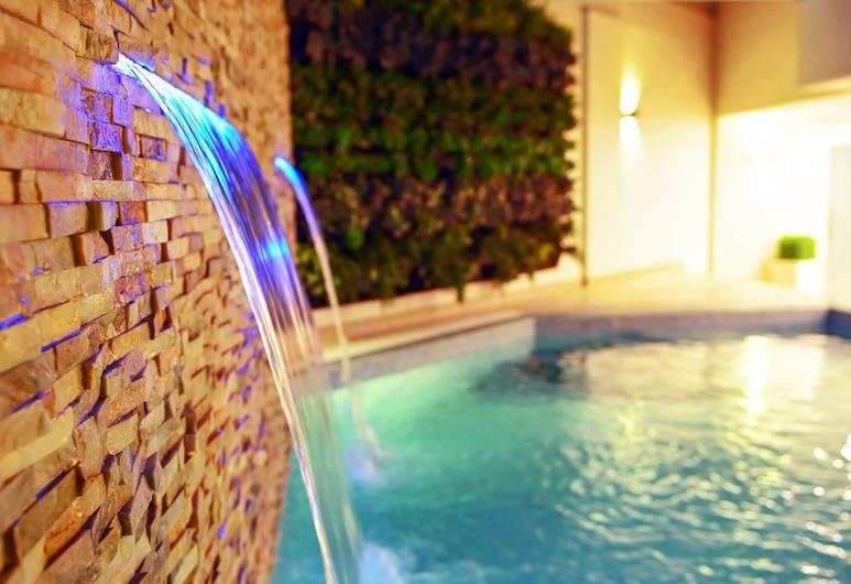 Meshal Hotel & Spa, Manama, Hồ bơi ngoài trời