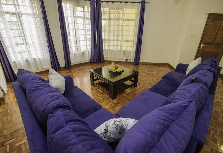 Tawa Furnished Apartment, Nairobi, Double Room, 1 Double Bed, Non Smoking, Living Area