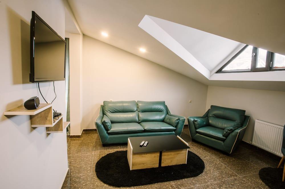 尊爵公寓, 廚房, 山景 - 客廳
