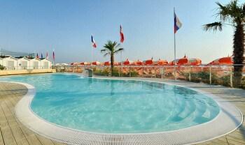 Picture of Hotel Quisisana Riccione in Riccione