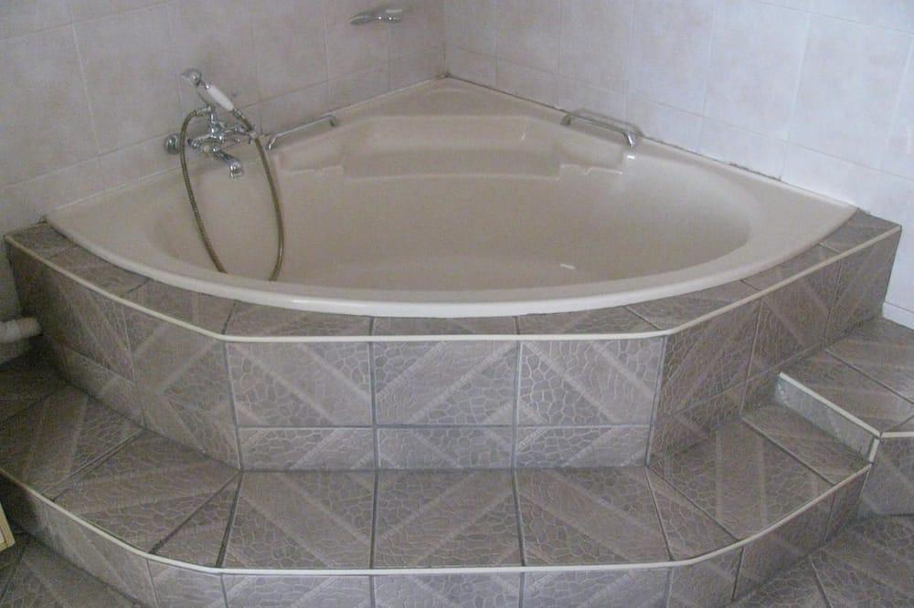 King Room - Phòng tắm