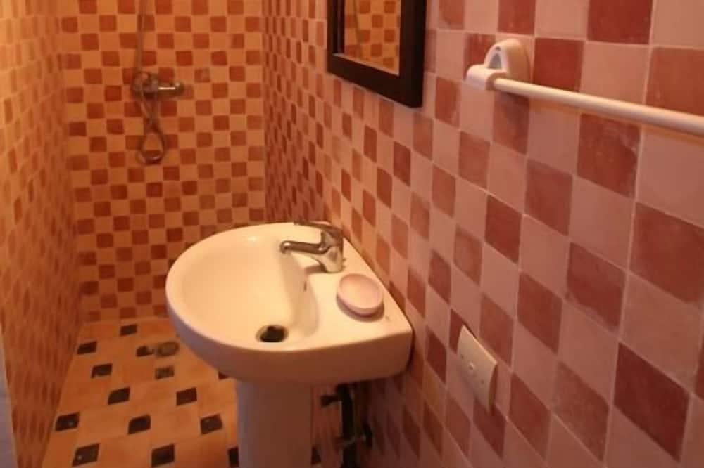 クラシック アパートメント ベッド (複数台) 禁煙 - バスルーム