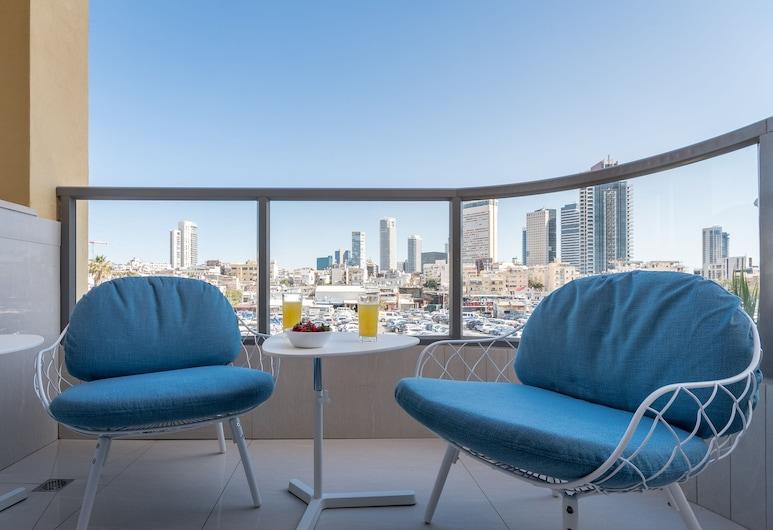 3BR Parking Terrace close to beach, Tel Aviv, Royal külaliskorter, 3 magamistoaga, suitsetamine keelatud, vaade linnale, Rõdu