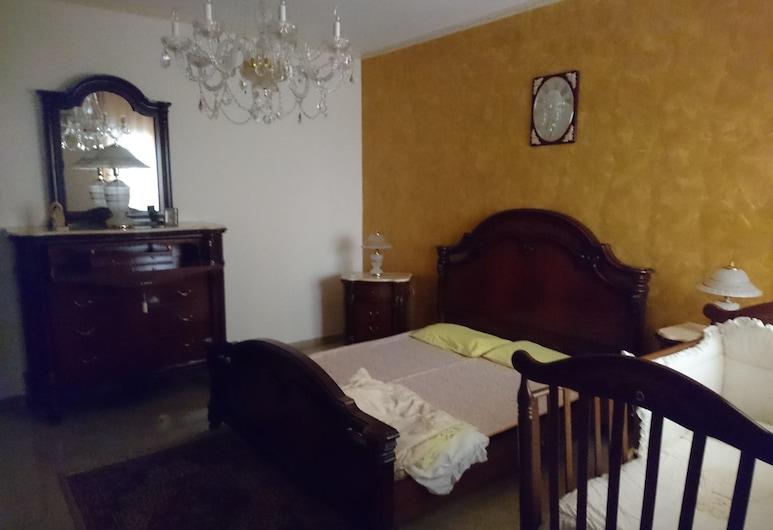 家庭公寓酒店, 泰拉西尼, 公寓, 多张床, 无烟房, 客房