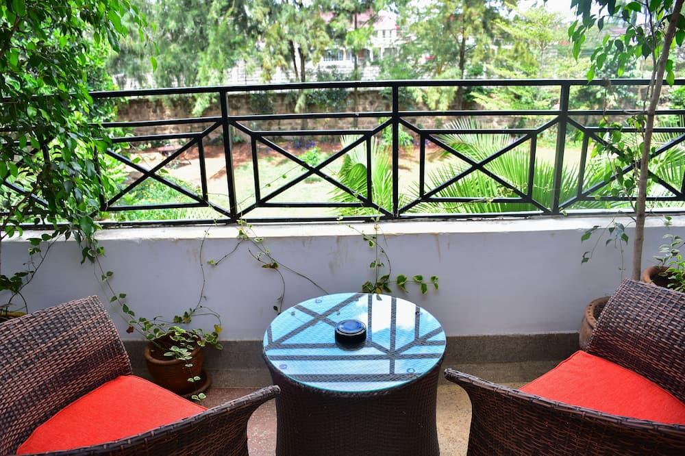 Double Room, Garden View - Balcony View
