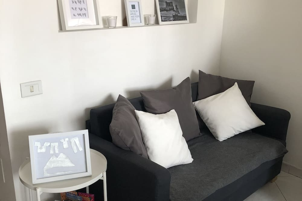 City Apartment, 1 Bedroom, Terrace, Tower - Living Area