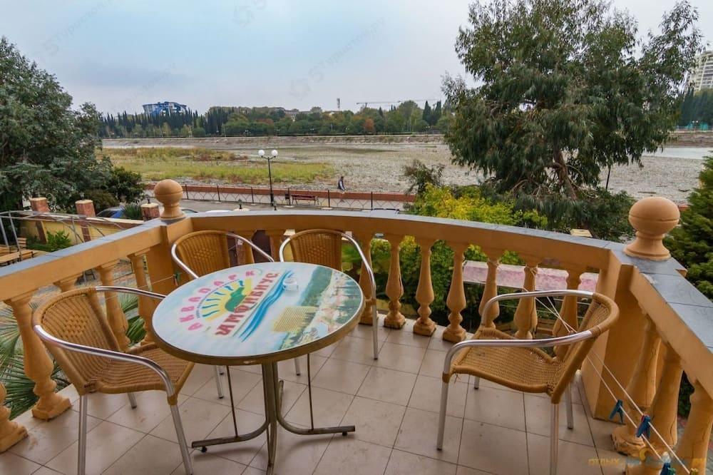 Comfort Dört Kişilik Oda, Balkon - Balkon