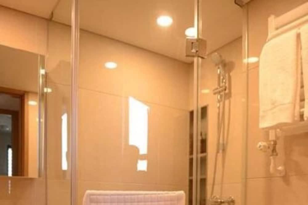 デザイン アパートメント 1 ベッドルーム - バスルーム