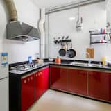Two Bedrooms Apartment - Shared kitchen