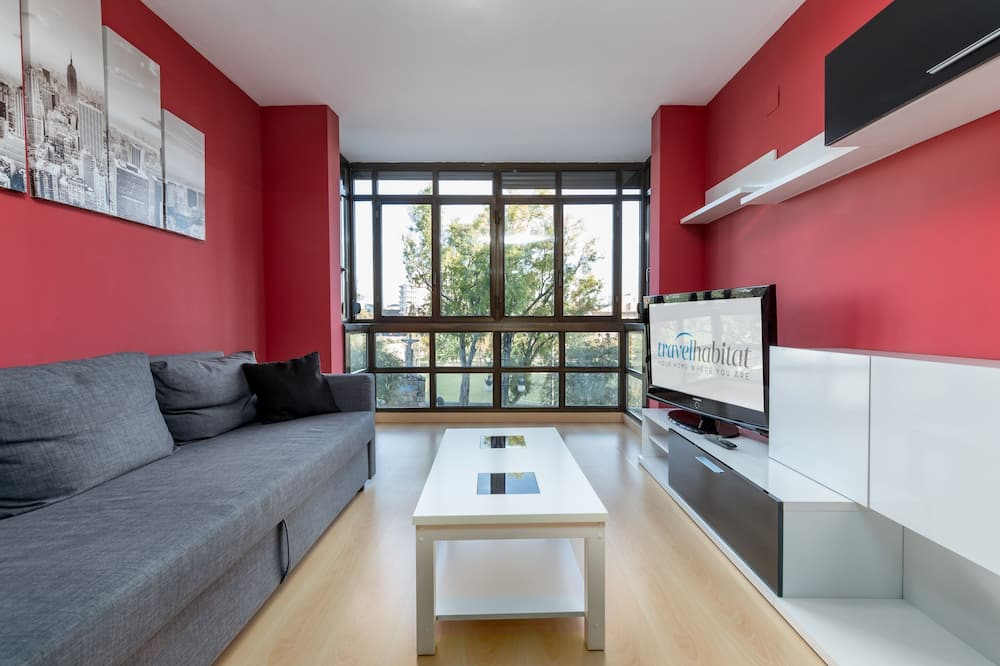 Apartment, 2Schlafzimmer, Küche, Flussblick - Wohnzimmer