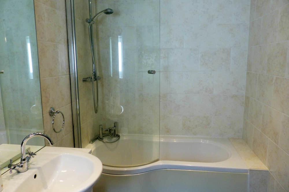 Budget Double Room - Kúpeľňa