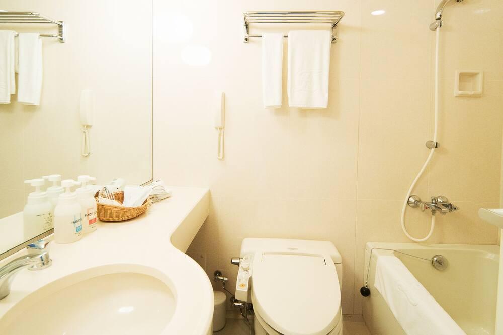 Двухместный номер «Делюкс» с 2 односпальными кроватями, для некурящих - Ванная комната