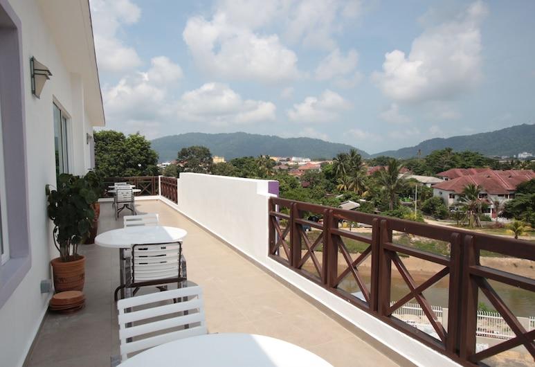 Kompo Villa 2, Kuantán, Terraza o patio