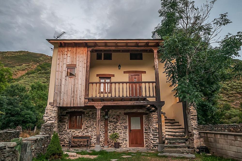Casa Rural El Llao