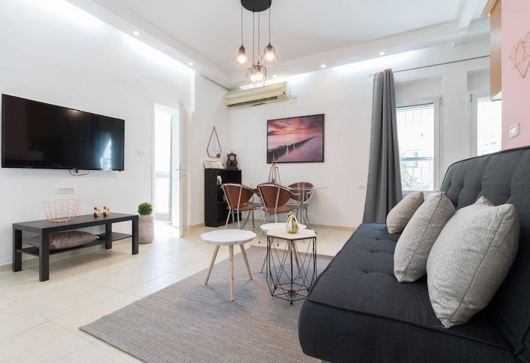 Charming 2BR Best Location in Jerusalem, Иерусалим, Апартаменты «Делюкс», Несколько кроватей, для некурящих, вид на город, Зона гостиной