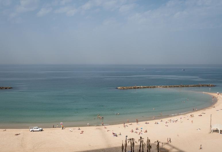 Front of Beach -Luxurious Residence, Tel Aviv, Beach
