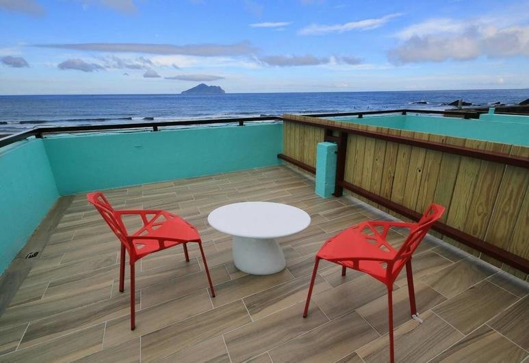 Ocean Sky Homestay, Toucheng, Quadruple Room, Non Smoking, Sea View, Exterior