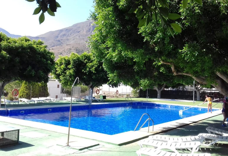 House With 4 Bedrooms in Íllar, With Wonderful Mountain View and Wifi - 35 km From the Beach, Íllar, Pool