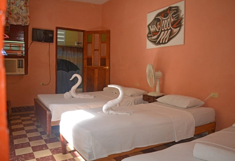 هوستال سانتا مارثا, سينفيغوس, غرفة مزدوجة أو بسريرين منفصلين, غرفة نزلاء