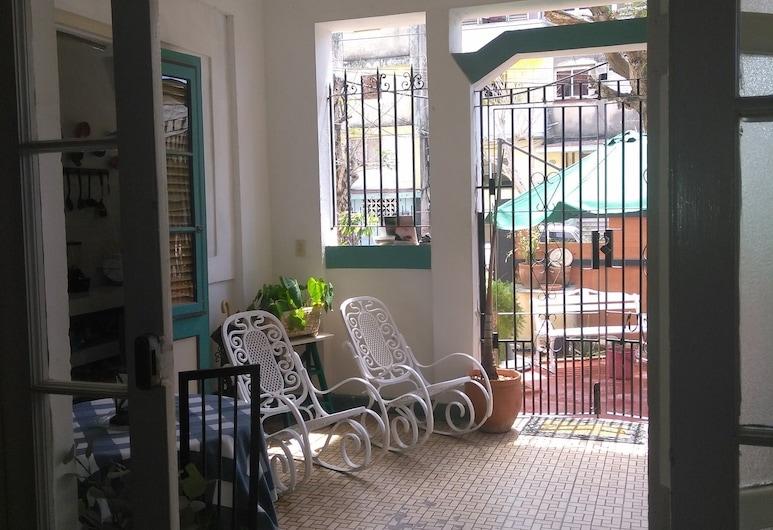 Casa Ibis, Havana, Verönd/bakgarður