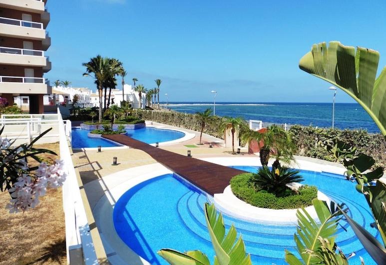 Apartamentos Punta Cormorán, San Javier, Pool