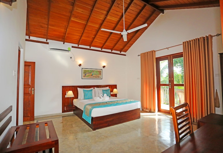 Villa Peacock Walahanduwa - Galle, Akmeemana, Kamar Double atau Twin Deluks, balkon, Pemandangan Pegunungan