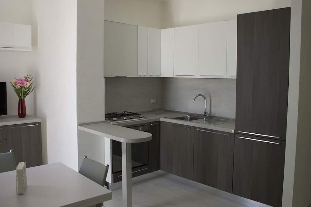 Double Room, Ensuite, City View - Shared kitchen