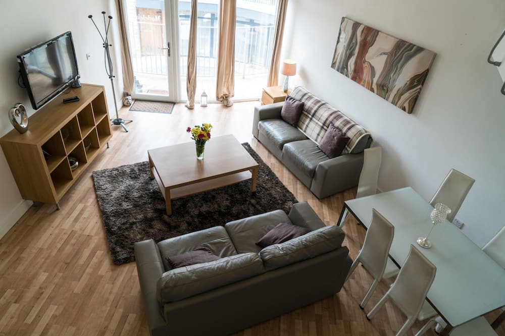 Classic Apartment, 1 Double Bed, Non Smoking - Living Area
