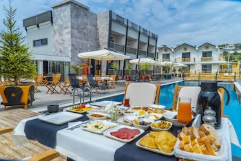 Picture of Kosa Otel Çeşme in Cesme