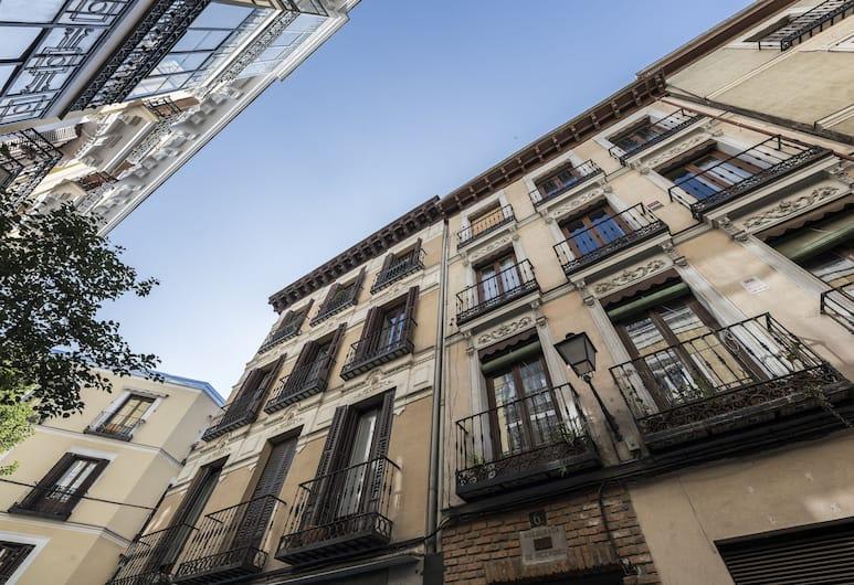 Home Club Belen I, Madrid, Fassade der Unterkunft