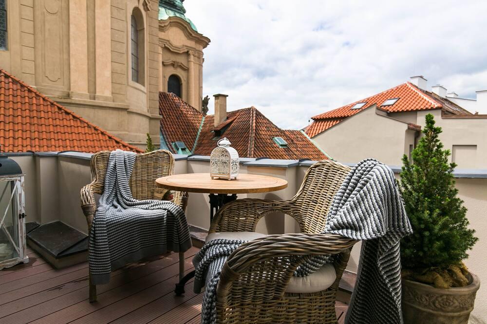 Departamento romántico, terraza, vista a la ciudad (St. Nicholas, A/C) - Balcón