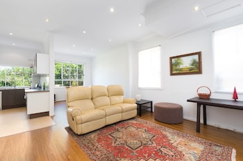 Picture of Pelicanstay Holiday Home Bondi Beach in Sydney