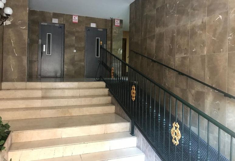 Synergy Apartment, Torremolinos, Entrén inifrån