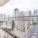 City Apartment, 3 Bedrooms, City View - Balkoni