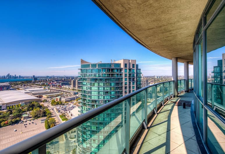 Fort York Lake View Penthouse offered by Short Term Stays, Toronto