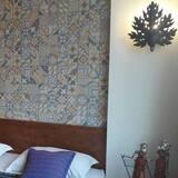 Deluxe Studio, 1 King Bed (Nadeshiko Deluxe) - Room