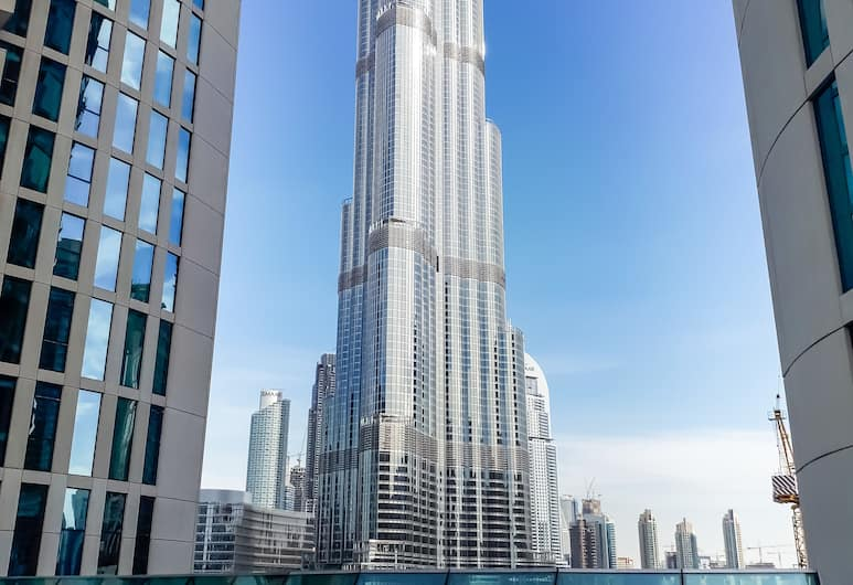 HiGuests Vacation Homes - Burj Vista, Dubajus, Baseinas