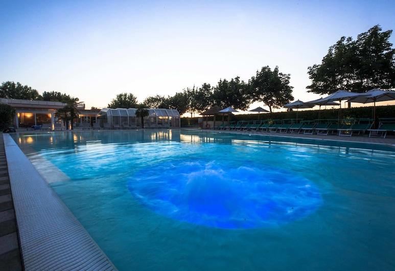 达乔凡尼农庄酒店, 佩斯基耶拉 , 室外游泳池