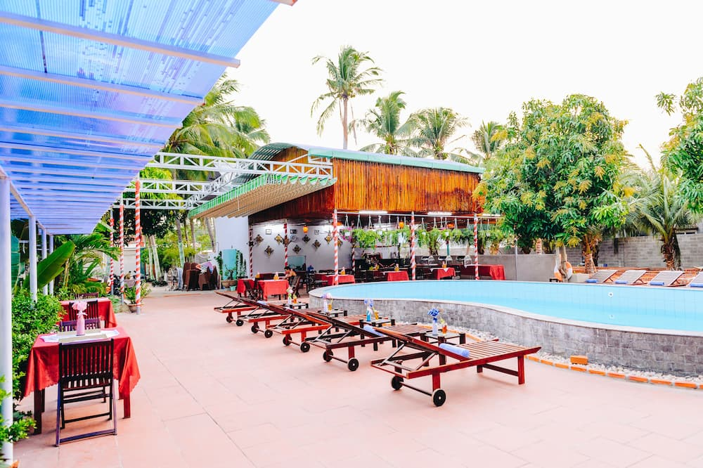 Panoramic Double Room - Outdoor Pool