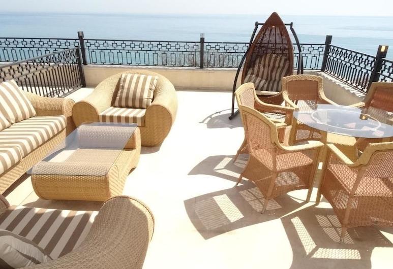 HPM Sirena Apartments-Front Line, Golden Sands, Leilighet – deluxe, Terrasse/veranda