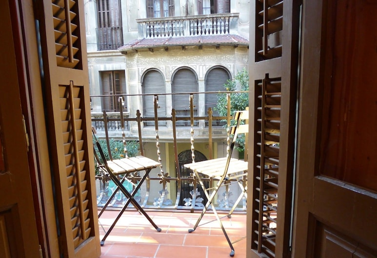 ApartEasy - Gracia Apartments, Barcelona, Apartment, 3 Bedrooms, Balcony, City View, Balcony
